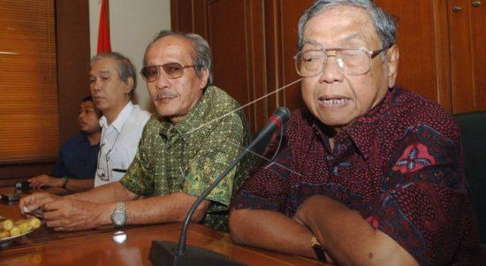 KH Abdurrahman Wahid atau Gus Dur